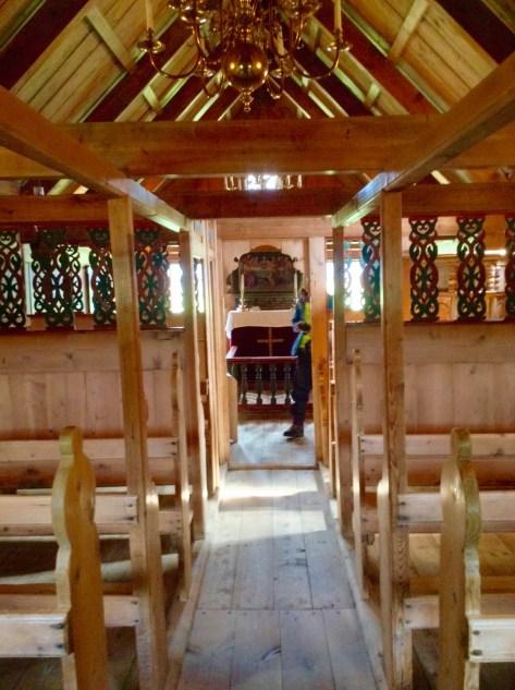 Pasillo al altar
