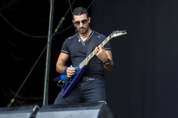Mi guitar mate fellow Walid
