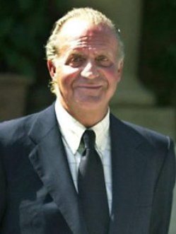S.M. El Rey D. Juan Carlos es el Jefe de la Casa Real Española