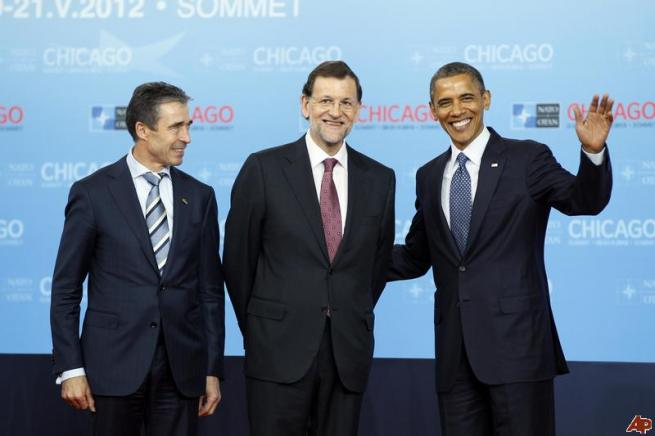 El gesto repetido de Obama, también con el Presidente Rajoy
