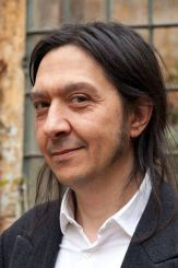 escritor Santiago Lorenzo