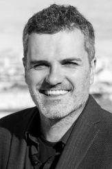 escritor Carlos Montero