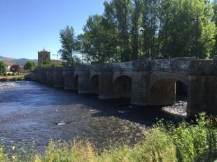 Puente en Salinas de Pisuerga