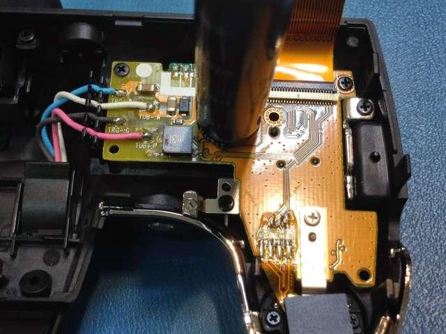 reparar camara digital Fujifilm FinePix condensador electrolito del flash