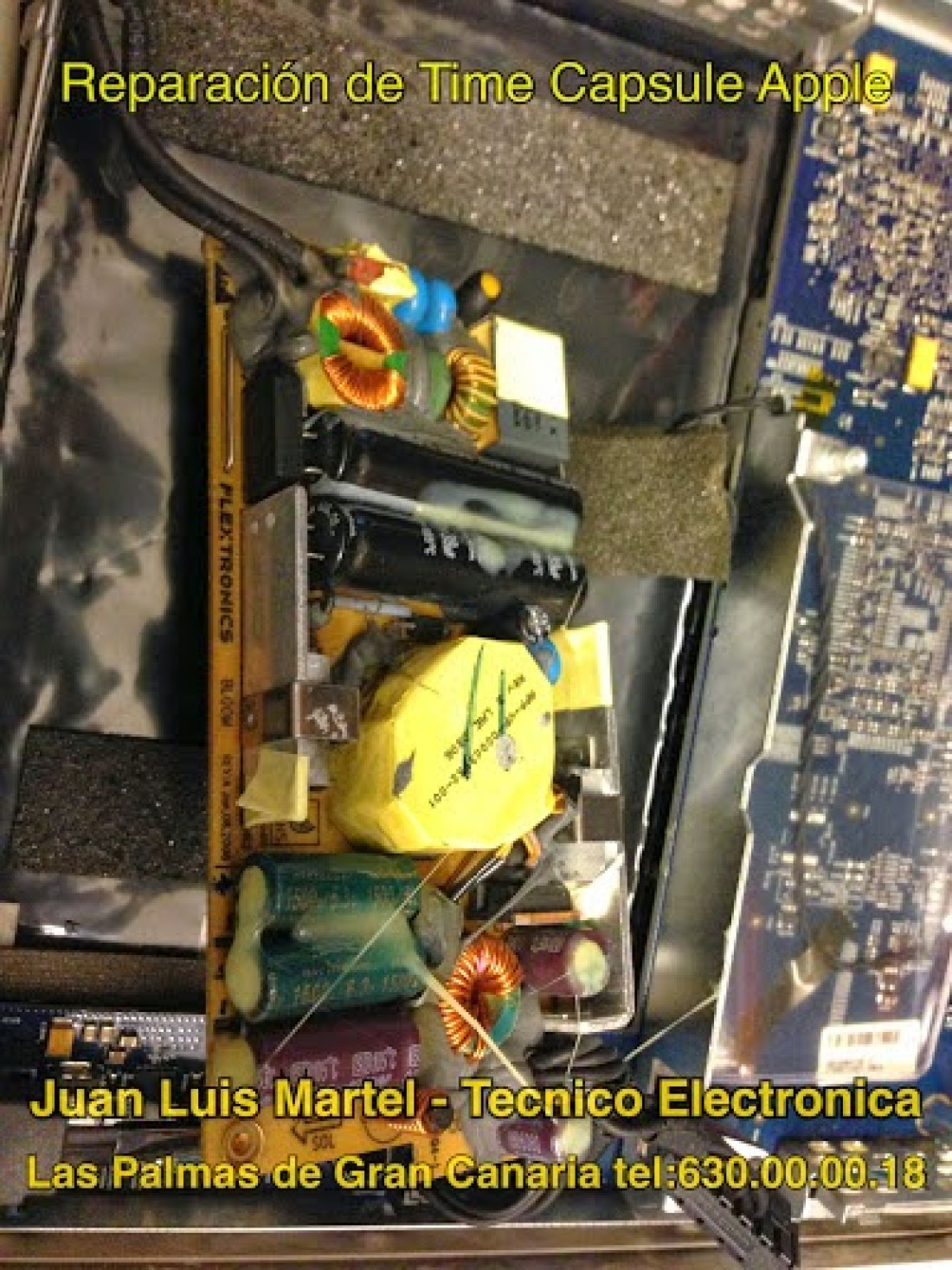 Reparar aparatos apple en Las Palmas, fuente de alimentación con condensadores ya reparados de Time Capsule