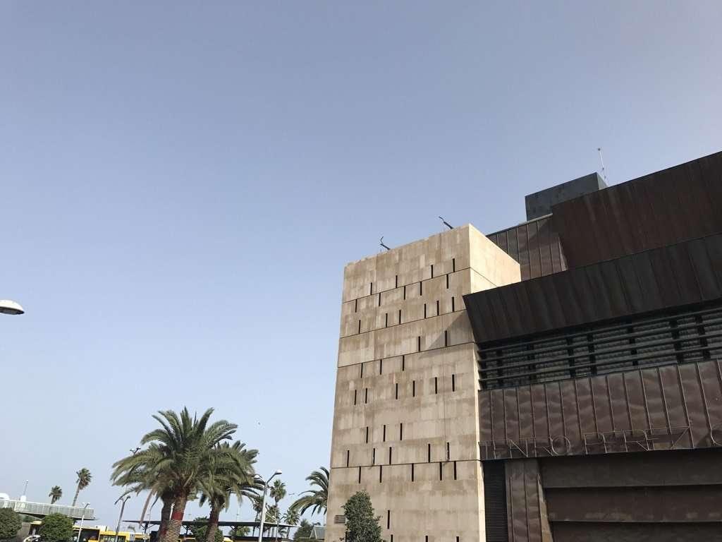 Foto sacada para verificar la existencia de polvo en el sensor de una camara de fotos digital