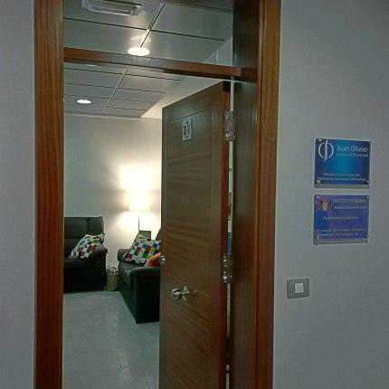 Centro Juan Olivier en La Laguna Tenerife. Osteopatía, Quiromasaje, PNL, Fotodepilación, Estética.
