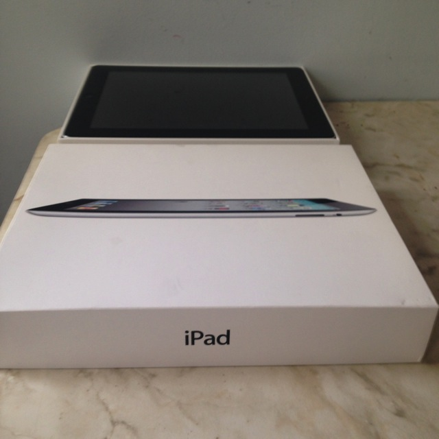 iPad 2 and its original box