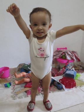 Bárbara com um ano e nove meses