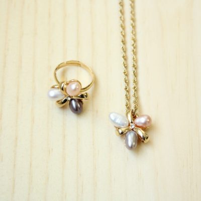 Balloon Pearl Necklace & Ring