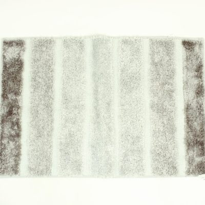 Compass Home Textiles Gray Gradient Bath Mat (In New Condition)