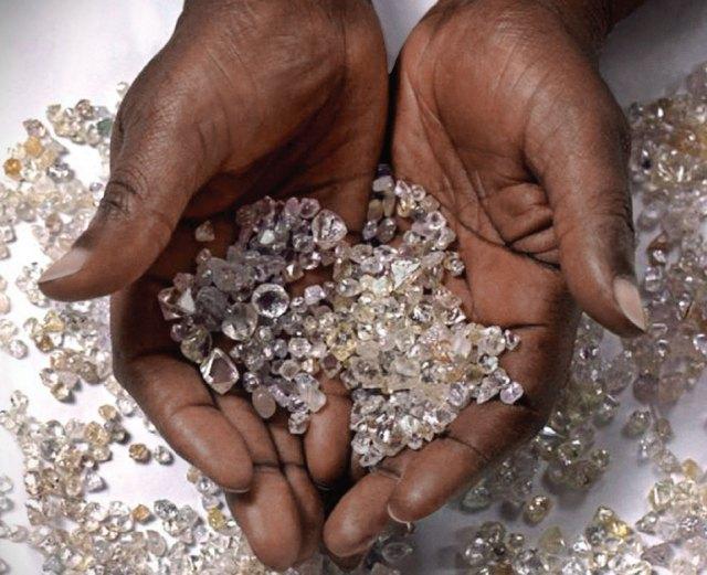 Czym jest ekologiczny diament? - Jubiler 24h