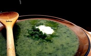 Supa-crema de broccoli cu spanac