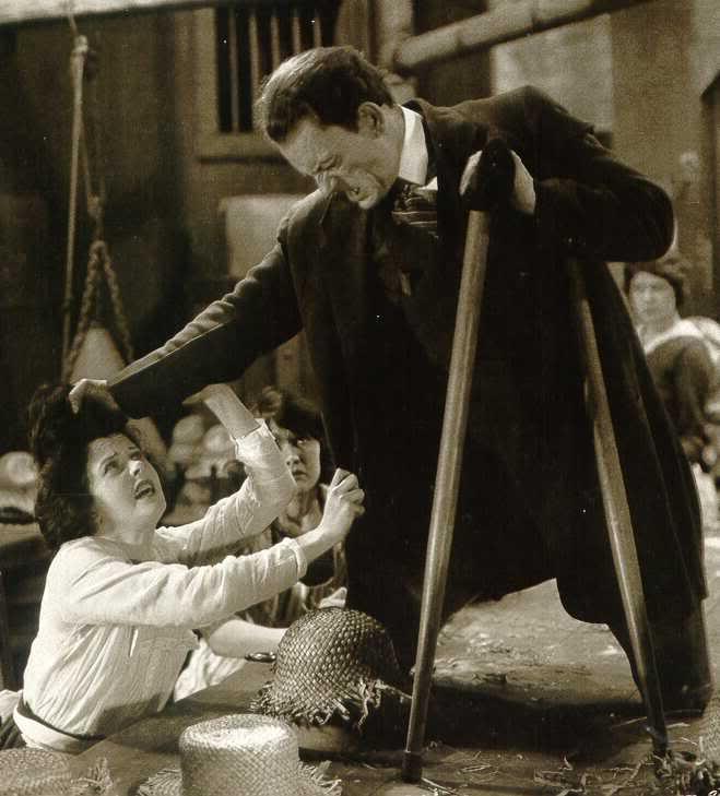 Teaching Tod Browning's FREAKS (2/5)