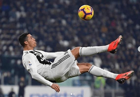 Cerita Giggs : Ronaldo Dulu Suka Pamer Skill