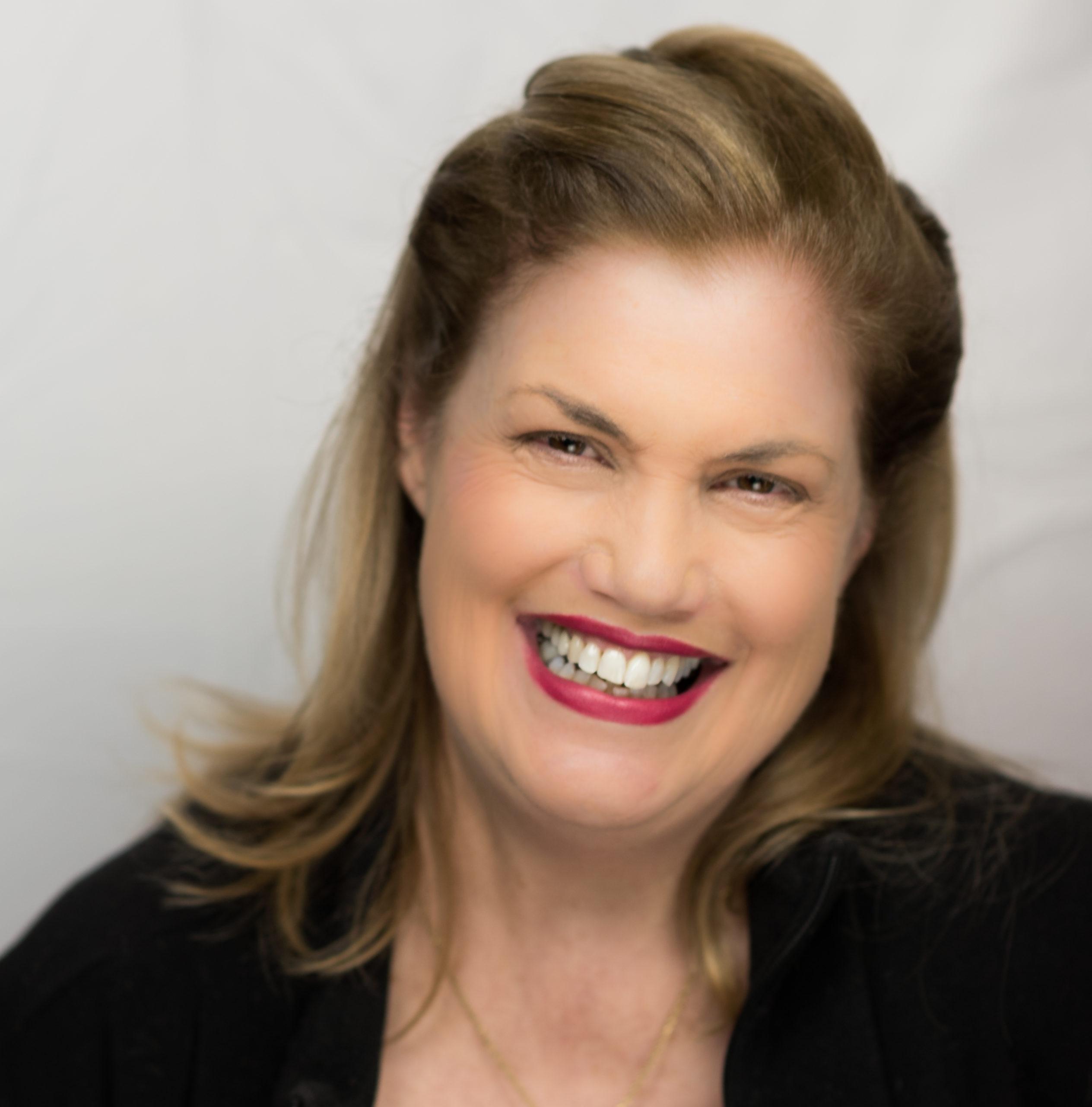 Judi Hays Is A Linkedin Digital Marketing Expert In