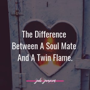 difference between soul mate and twin flame