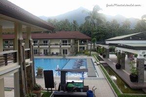 Meet Sheridan Beach Resort & Spa.