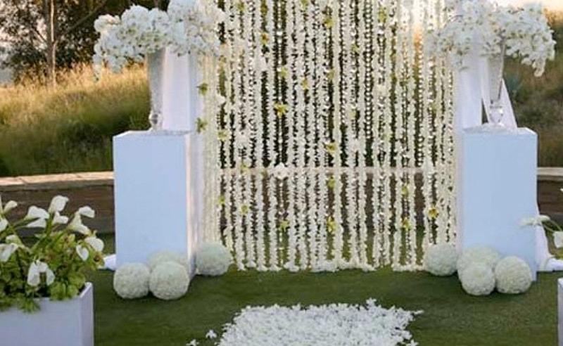 Cmo decorar con cortinas de flores