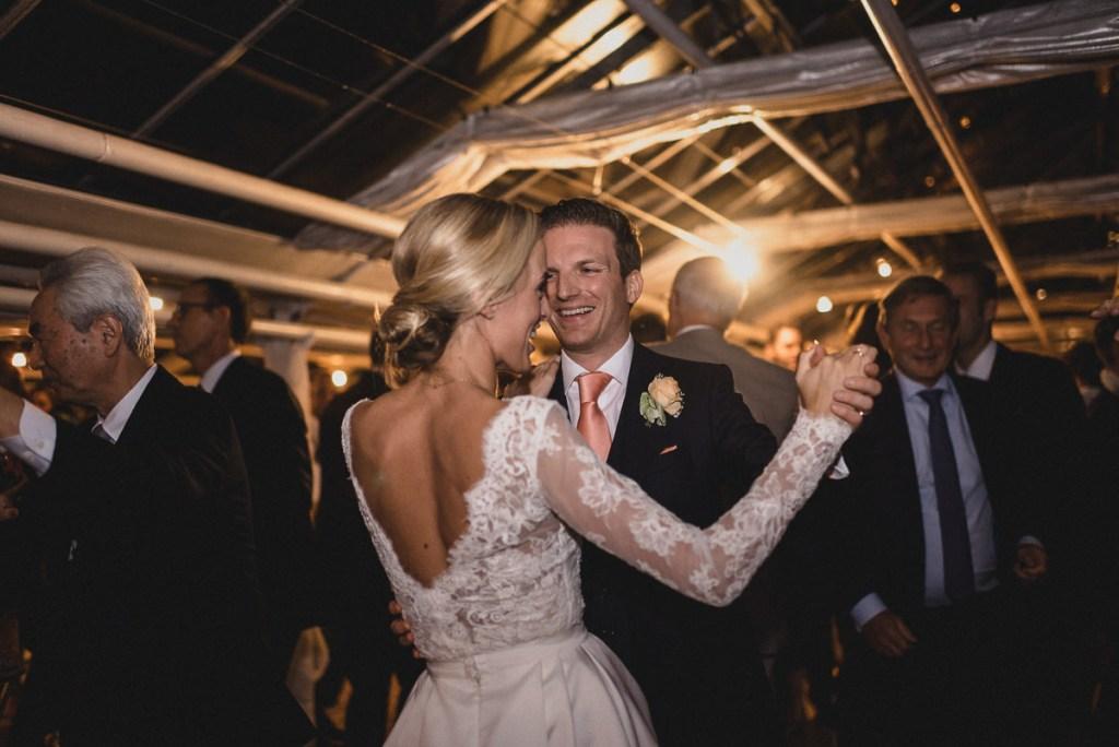 Hochzeit in der alten Gärtnerei in München, Taufkirchen - Judith Stoop Photography Hochzeitsfotografin