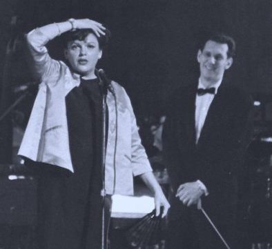 Judy Garland on stage at Chicago's Civic Opera House with Mort Lindsey May 6, 1961