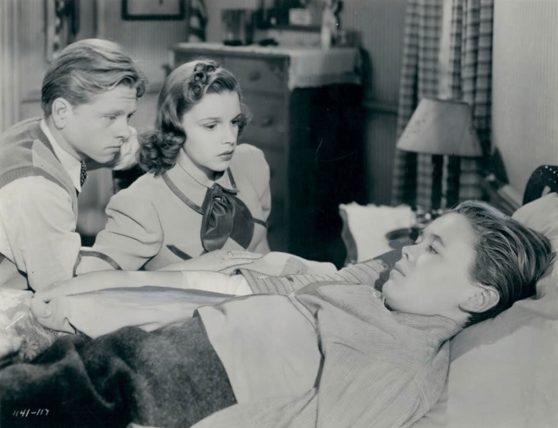 Judy Garland, Mickey Rooney, Larry Nunn in Strike Up The Band