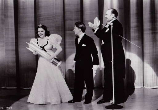 "Judy Garland, Mickey Rooney, Paul Whiteman - ""Strike Up The Band"" 1940"