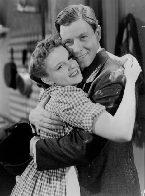 Little-Nellie-Kelly-w-George-Murphy