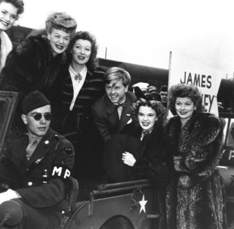 September 25, 1943 BOND TOUR in SF 2