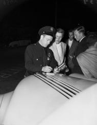 September-30,-1951-Sid-in-Car-Wreck-3