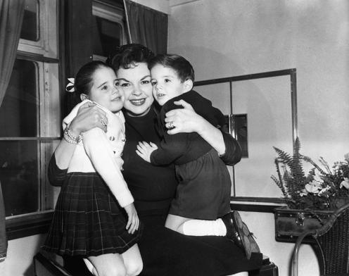 November-27,-1957-Return-from-NYC-1