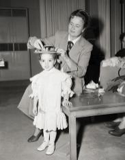 December-6,-1948-Liza-on-set