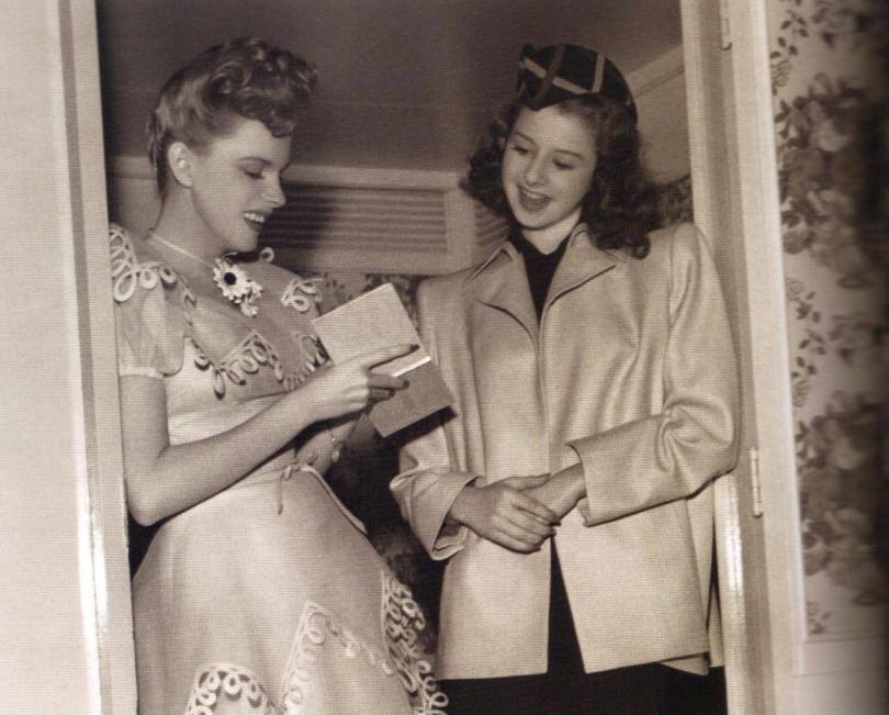 Judy and Virginia Weilder