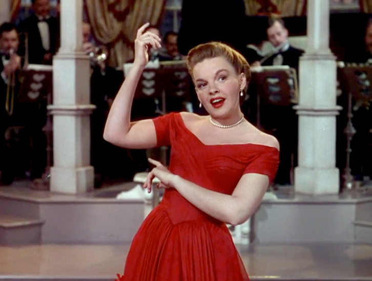 "Judy Garland sings ""I Don't Care"" in In The Good Old Summertime"