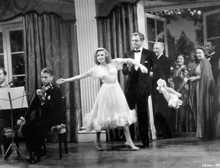 "Judy Garland and Van Johnson in ""Presenting Lily Mars"""