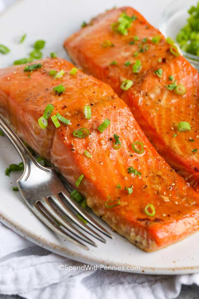 Saumon Mariné Au Four : saumon, mariné, Filets, Saumon, L'orange, Gingembre, Marinés}, Recette, Facile, Saine!