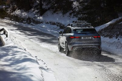 Jag_F-PACE_21MY_Location_Driving_150920_SI_031_GLHDa