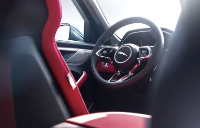 Jag_F-PACE_21MY_Location_Interior_09_Detail_150920