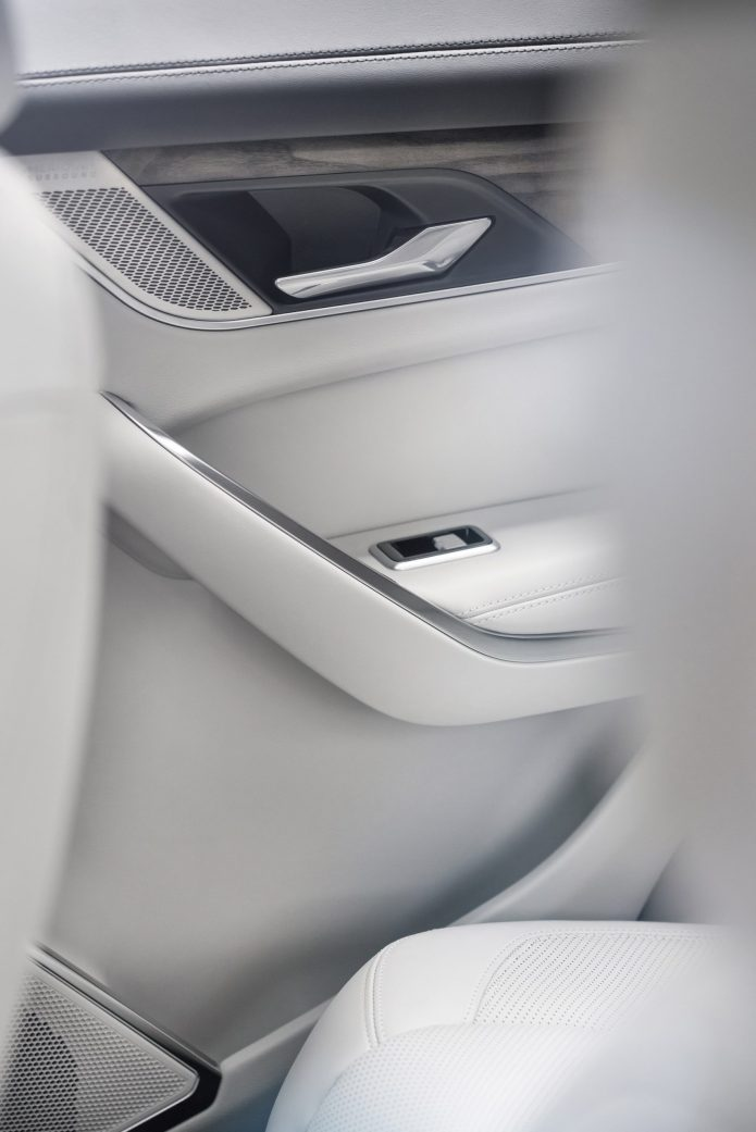 Jag_F-PACE_21MY_Location_Interior_30_Detail_150920