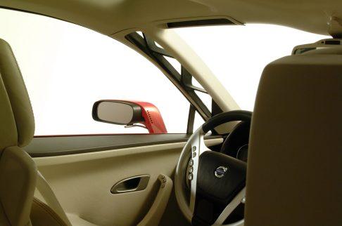 7027_Volvo_SCC_Safety_Concept_Car_2001