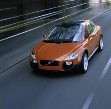 7246_Volvo_SCC_Safety_Concept_Car_2001