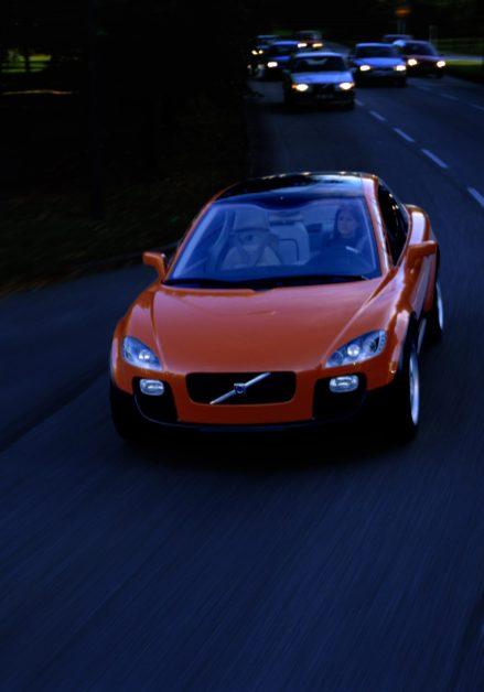 7250_Volvo_SCC_Safety_Concept_Car_2001