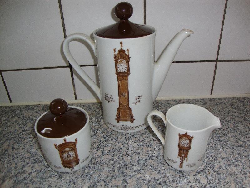 Koffiepotretro  Juffies brocante