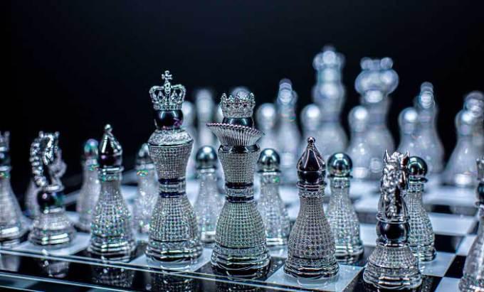 pearl-royale-chess-set