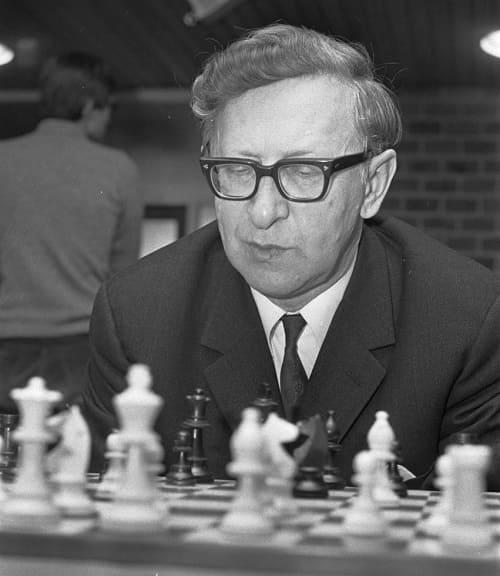 Vassily_Smyslov_1972