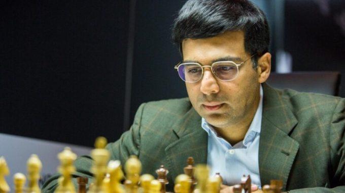 Viswanathan Anand recaudan 50.000 dólares