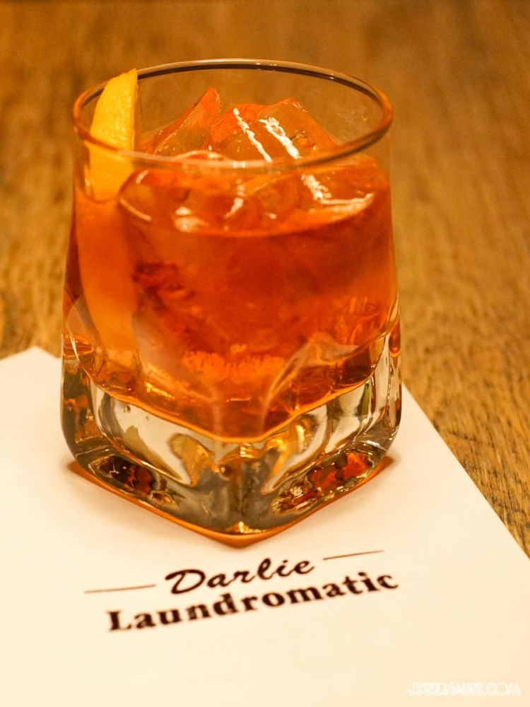 Darlie Laundromatic (4)