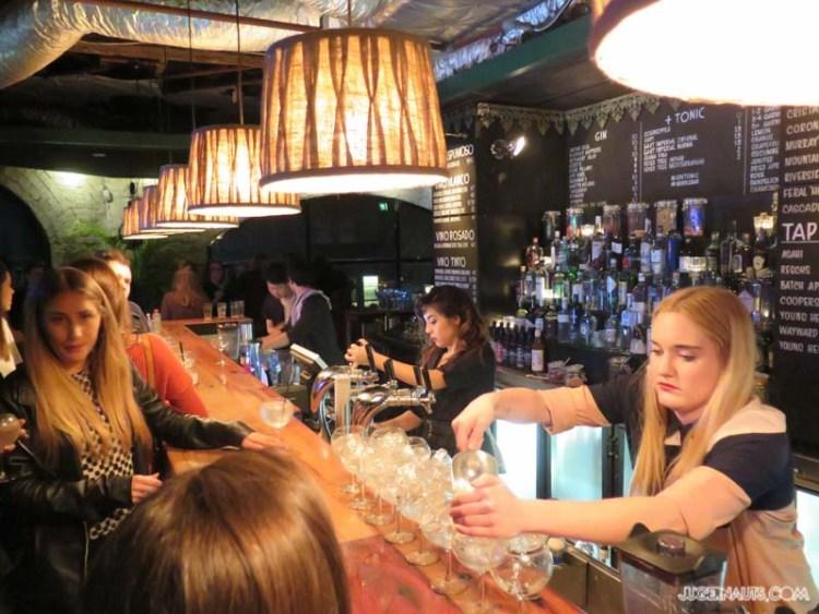 Middle bar Darlinghurst (7)