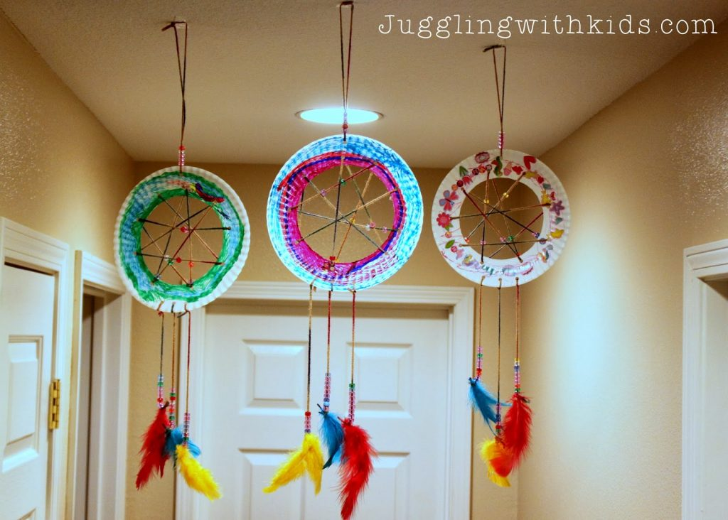 The Ultimate Guide to Feathers and our Dream Catcher Craft