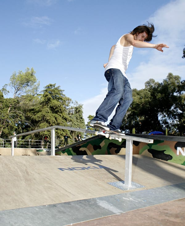 AndreasWelther,boardslide